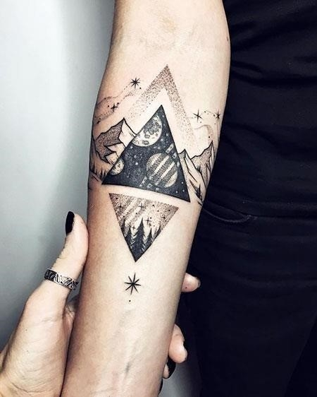 1 Triangle Tattoos 373
