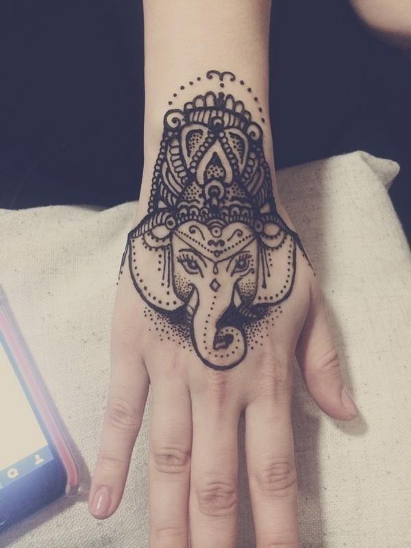 13 Hand Tattoos1