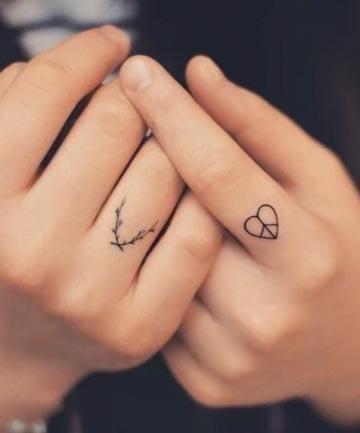 15 finger tattoos