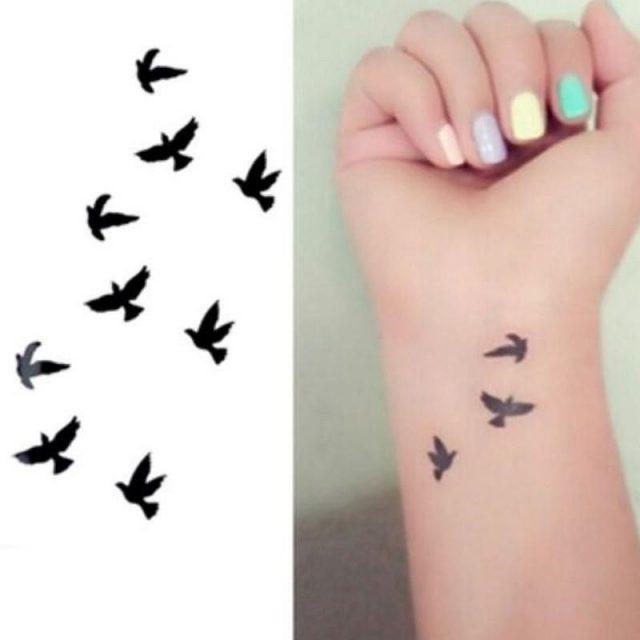 25 cute small feminine tattoos for women 2018 tiny meaningful tattoos 15
