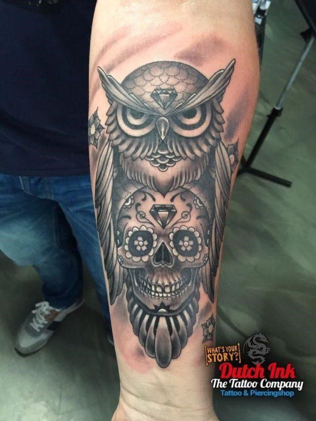 2a6fd6904de26651699f5b1ad5222bb4  dutch tattoo vase