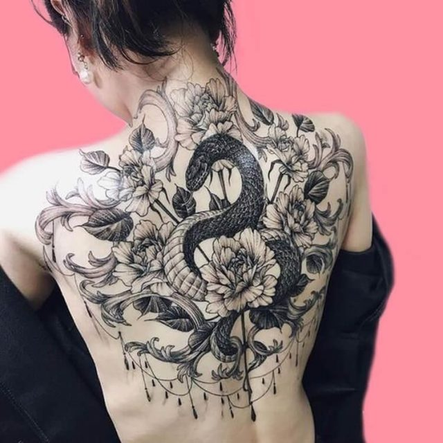 30 Amazing Animal Back Tattoo designs to try 27
