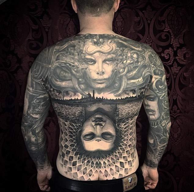 30 full back tattoos10