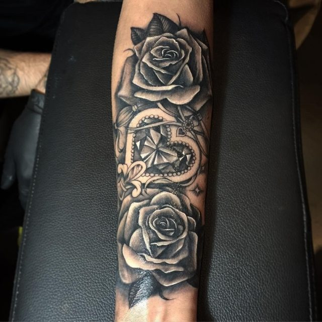 Arm Tattoos For Women  14
