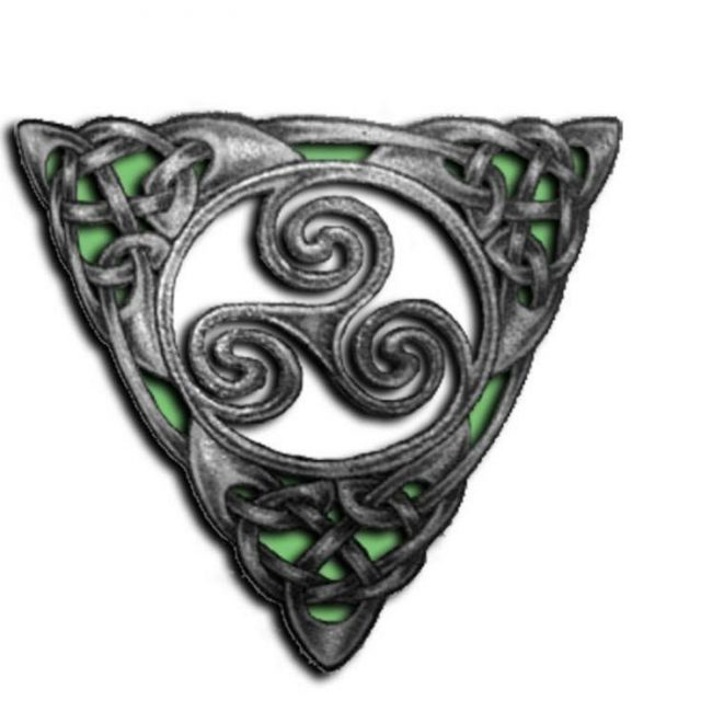 Awesome Triskele Celtic Tattoo Design