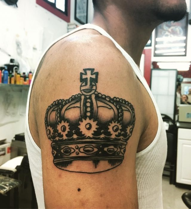 Crown Tattoos  11