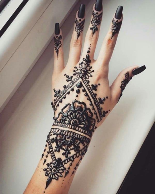Henna tattoo 92