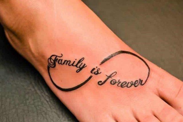 Illustrator Tattoo family infinity loop