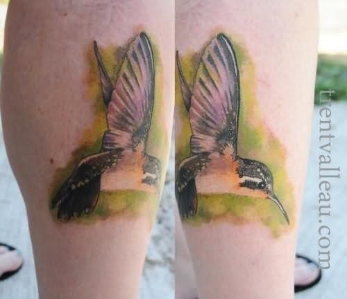 Realistic Hummingbird Tattoo On Leg
