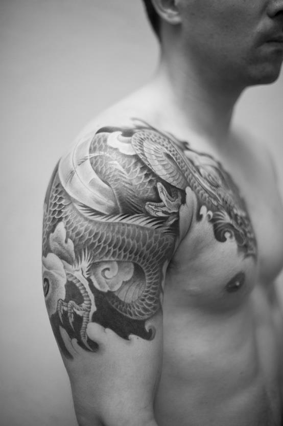 Shoulder Dragon 7