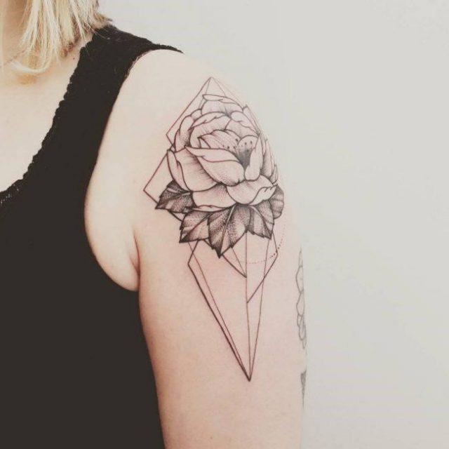 Shoulder Tattoo  7 650×650