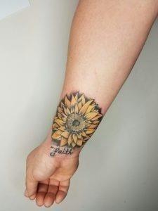 Sunflower Wrist Tattoos 225×300