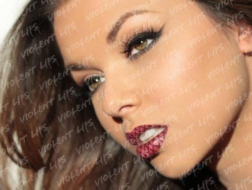 Violent Lips Amazing Lip Tattoo Designs 1