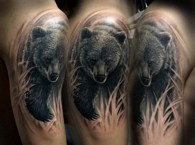 Wonderful 3D Bear Tattoo Design For Shoulder