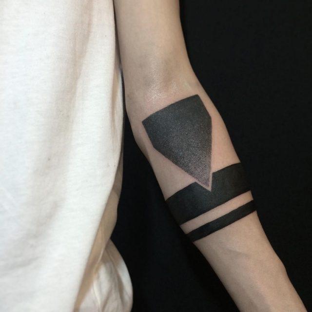 Armband tattoo 13