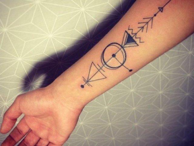Arrow tattoo 40