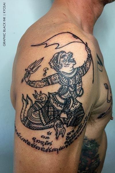 Bangkok tattoo sak yant huanman thailand