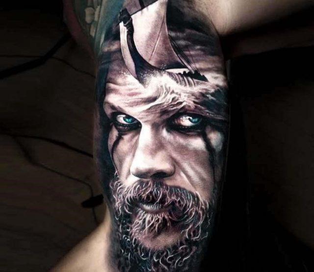 Best 26 vikings tattoos for man   004