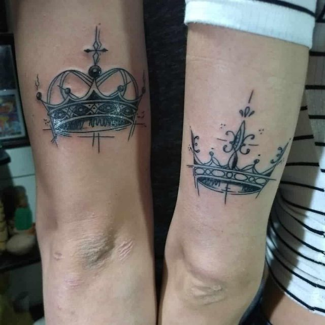 Crown tattoo 15101846