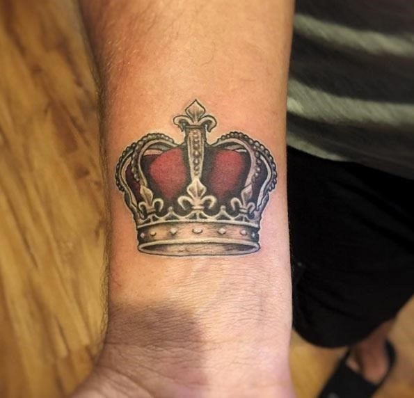 Crown tattoo 4233
