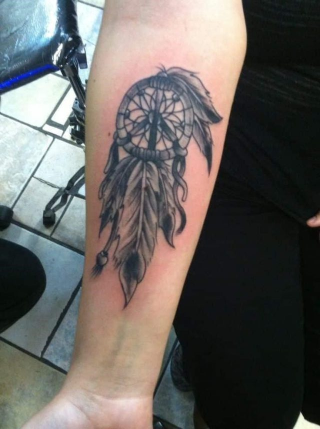 Dreamcatcher tattoos 37
