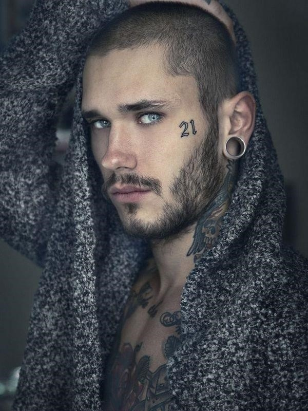 Face tattoo 07
