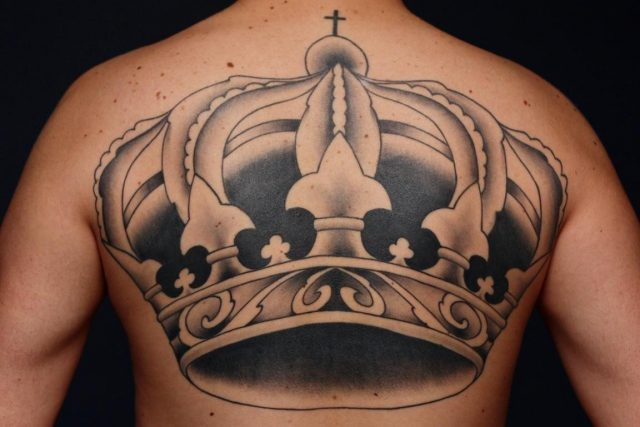 Finished crown tattoo