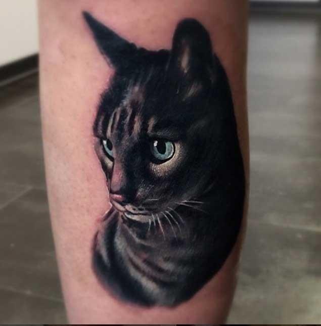 Gorgeous cat tattoo