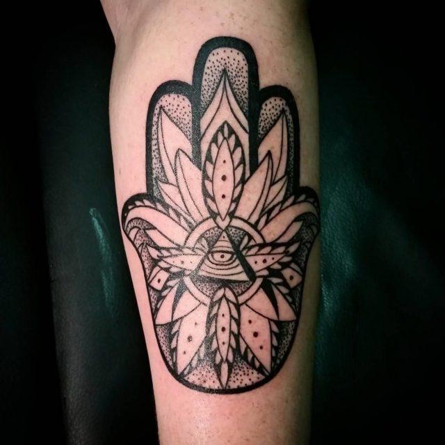 Hamsa tattoo 24
