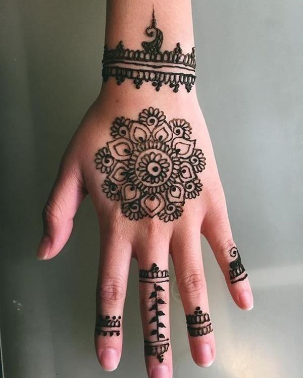 Henna tattoo designs 21