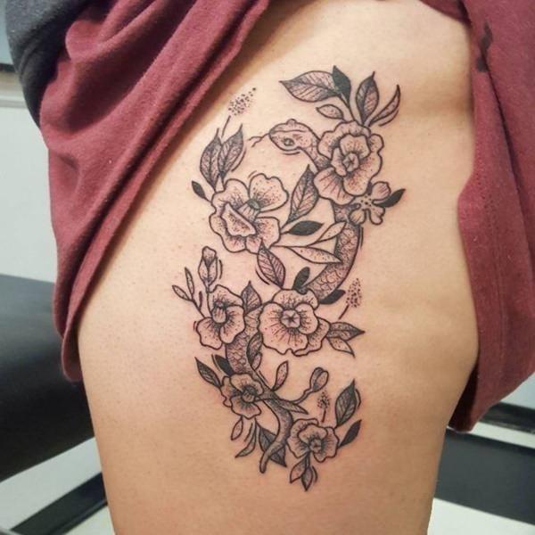Hip tattoos 03061727