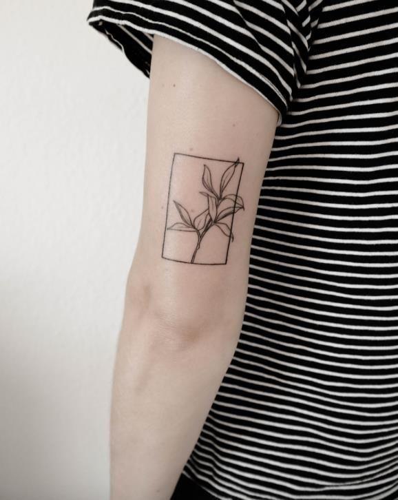 Instagram hand poke tattoo artists 16