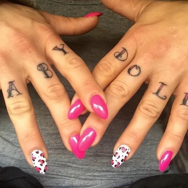 Knuckle tattoo 21
