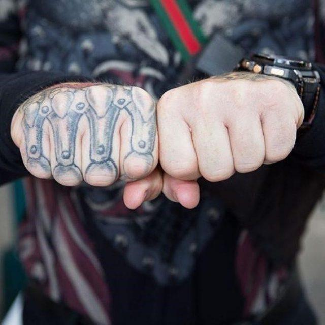 Knuckle tattoos  27 650×650