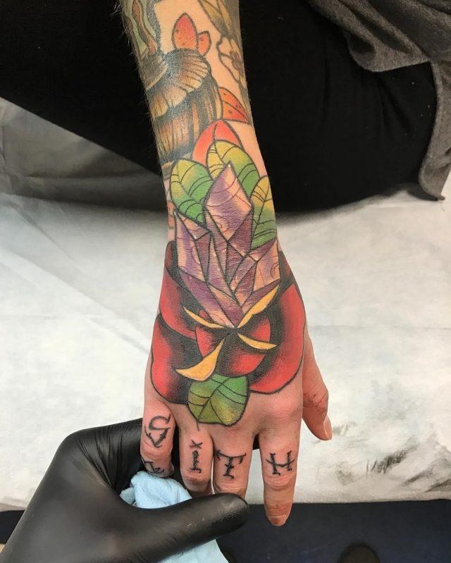 Knuckle tattoos  30