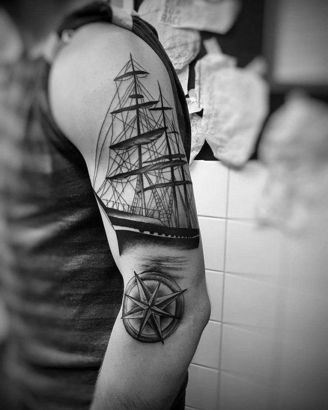 Kompass tattoo maritim schiff meer