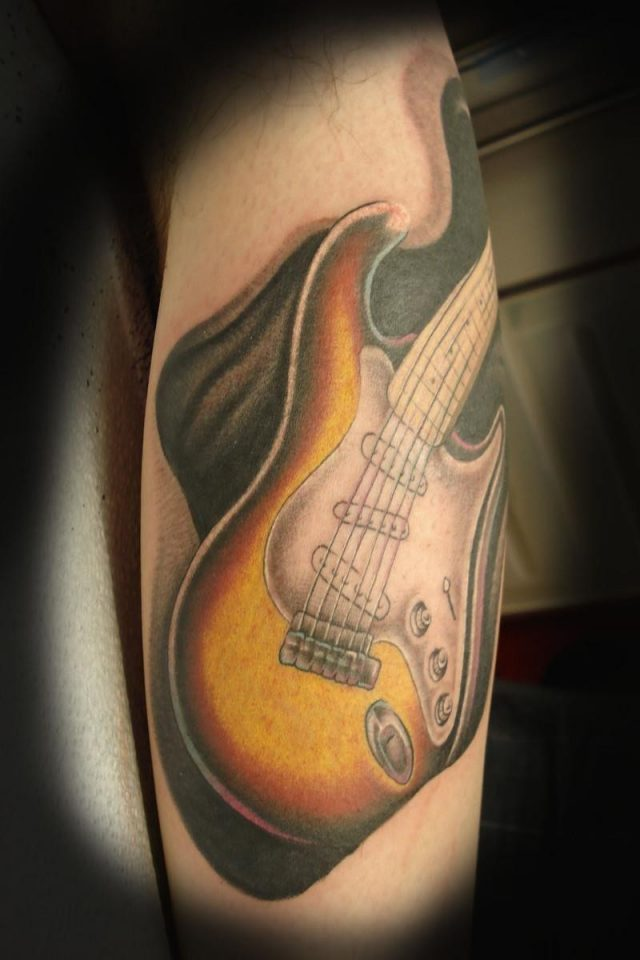 Leg tattoo guitar 1 img1419