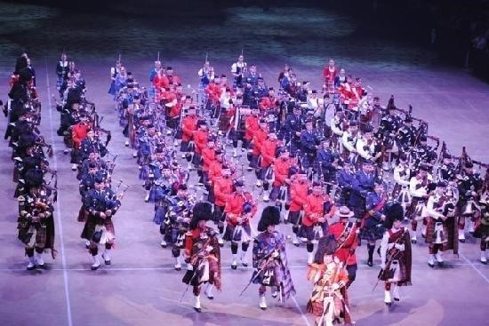 Massed pipes drums