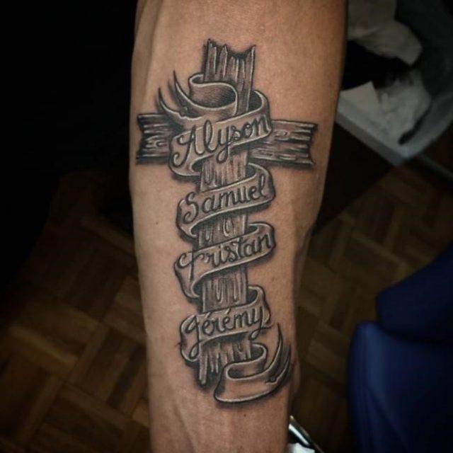 Name tattoo 40 650×650