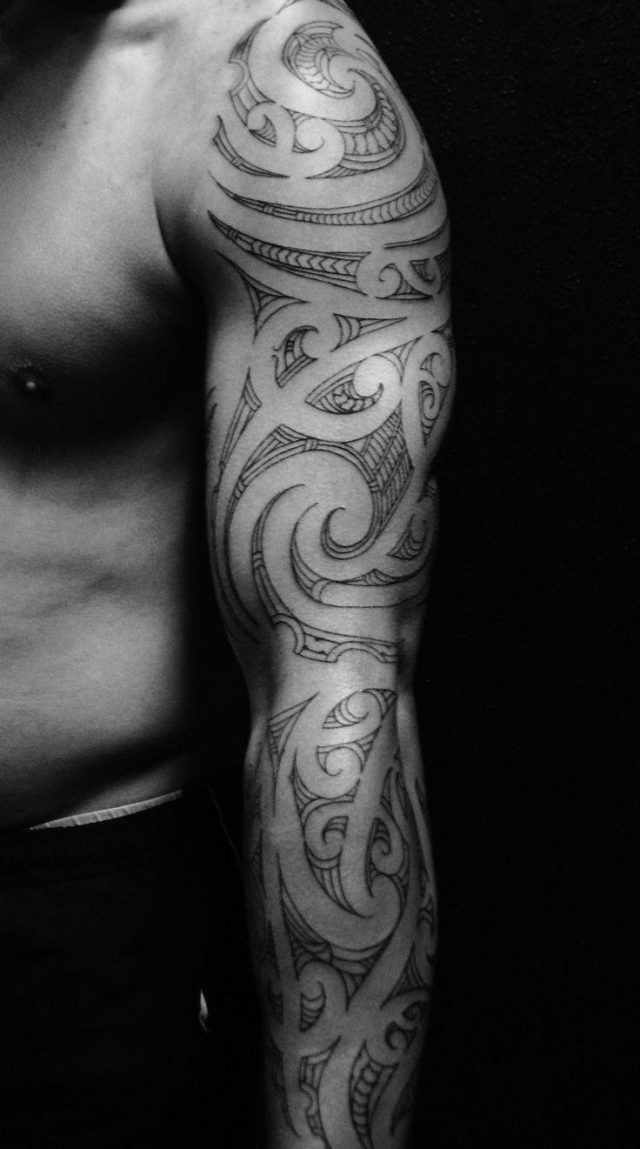 Polynesian tribal sleeve tattoo tatouaz maniki 2