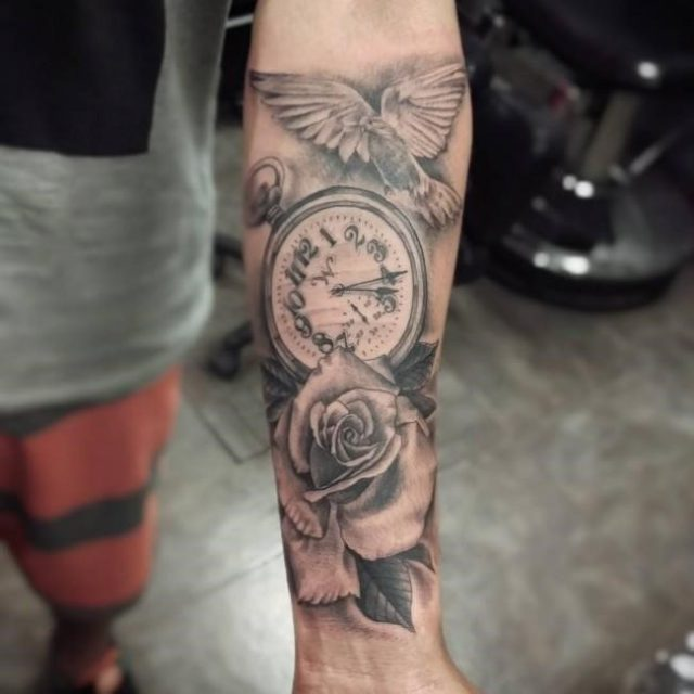 Rose tattoo 2 650×650