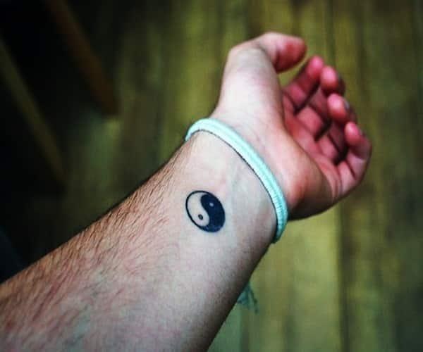 Simple tattoos 31