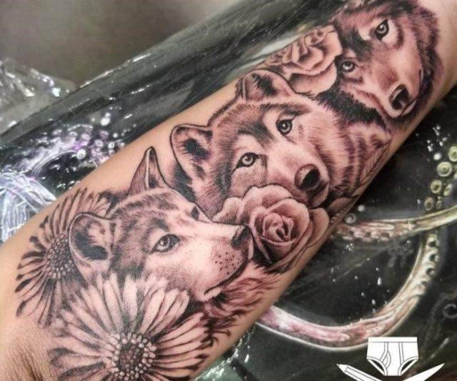 Wolf tattoo minimalist 1 e1572085526921 696×581