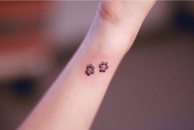 Wrist paws tattoo seoeonmo